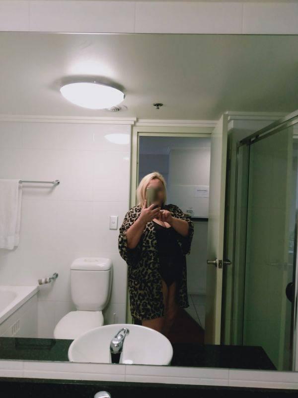 View Naughty Aussie Lady, Sydney Escort | Tel: 0484199528