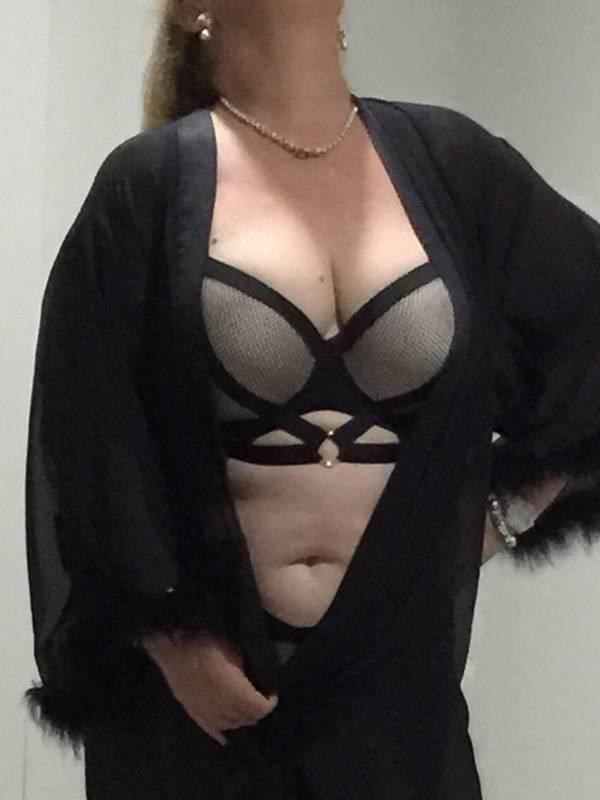 Photo 2 of Aussie Kelly
