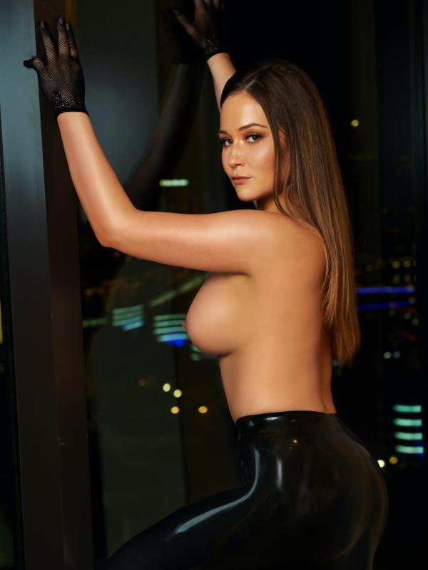 View Bold, Busty & Beautiful, Melbourne Escort   Tel: 0435134339