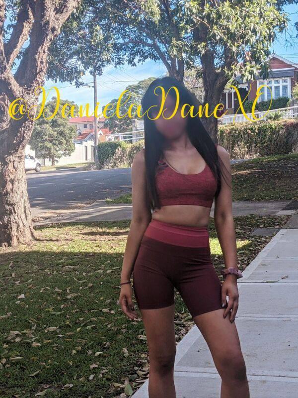 Photo 16 / 19 of Daniela Dane