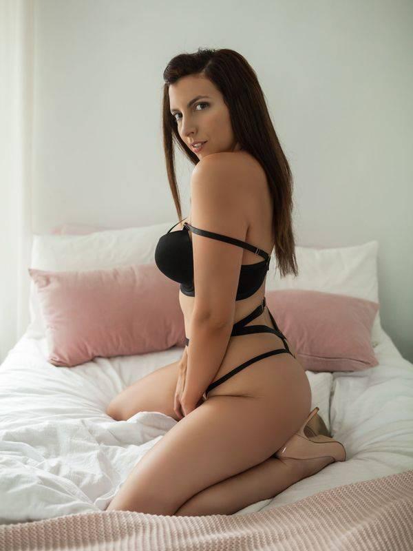 Photo 2 of Kate King