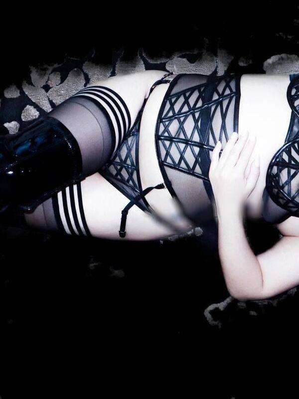 Photo 8 / 10 of New! Mistress Mai - Private