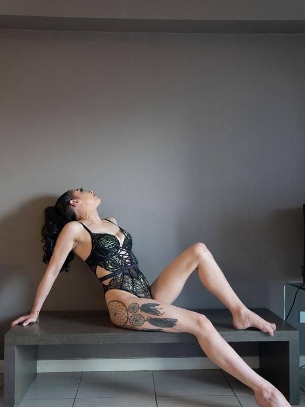 Photo 8 / 18 of Megan Fox