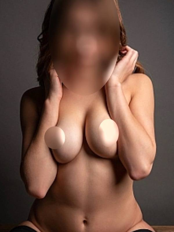 View Lisa, Sydney Escort | Tel: 0475066063