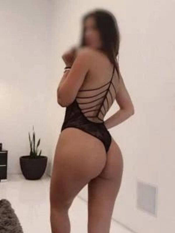 Photo 2 of Slut Hot girl best service