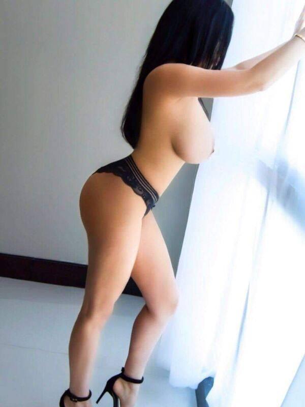 Photo 2 of Big Juicy Girl