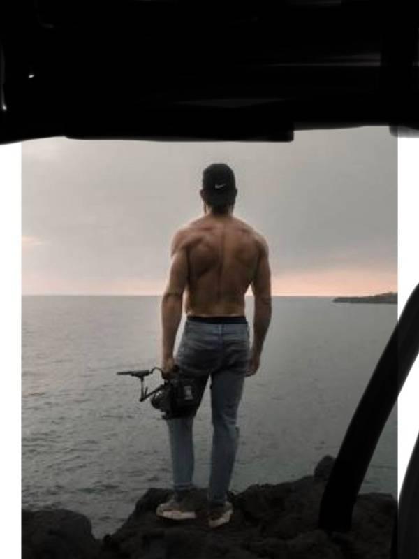 View Jonath, Males Escort | Tel: 0416633497