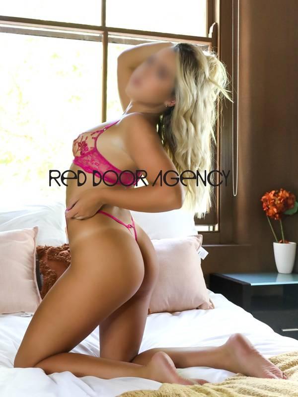 View Bondi Beach Babe, Sydney Escort   Tel: 0488 551 025