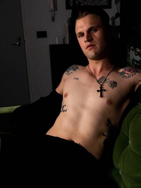 Photo 2 / 7 of Levi Jones