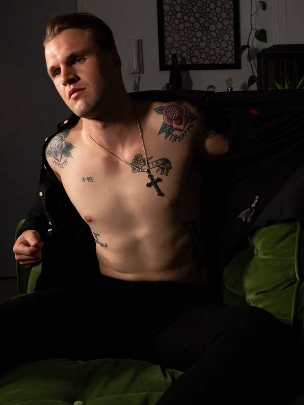 Photo 5 / 7 of Levi Jones