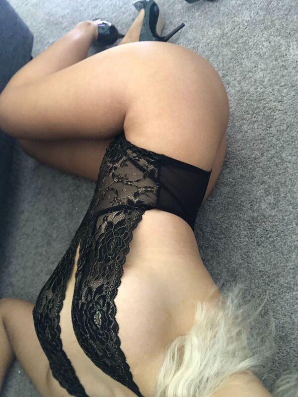 View Blonde Aussie DD, Melbourne Escort | Tel: 0483832980