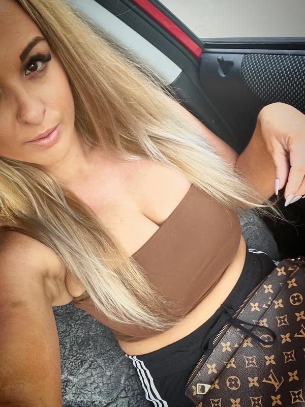 Photo 4 / 7 of Chesty Blonde Aussie Babe