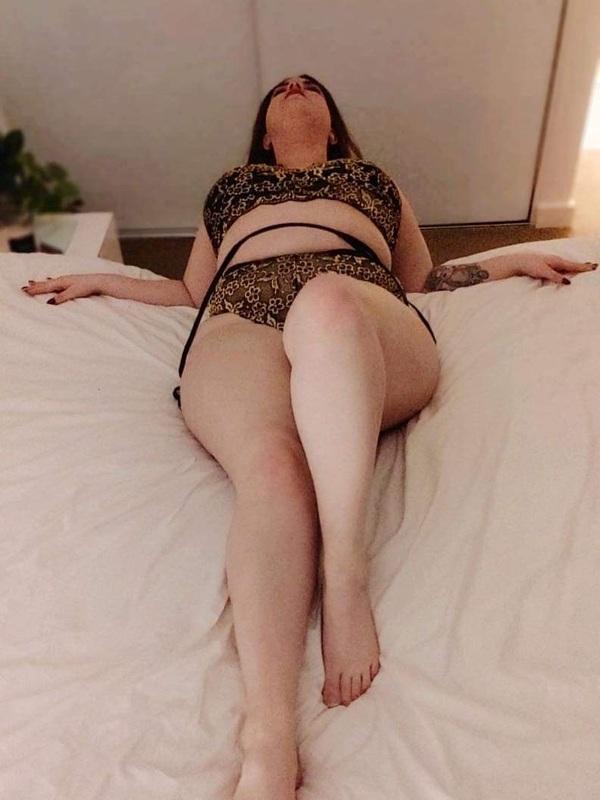 Photo 2 / 8 of Mia Amore xx