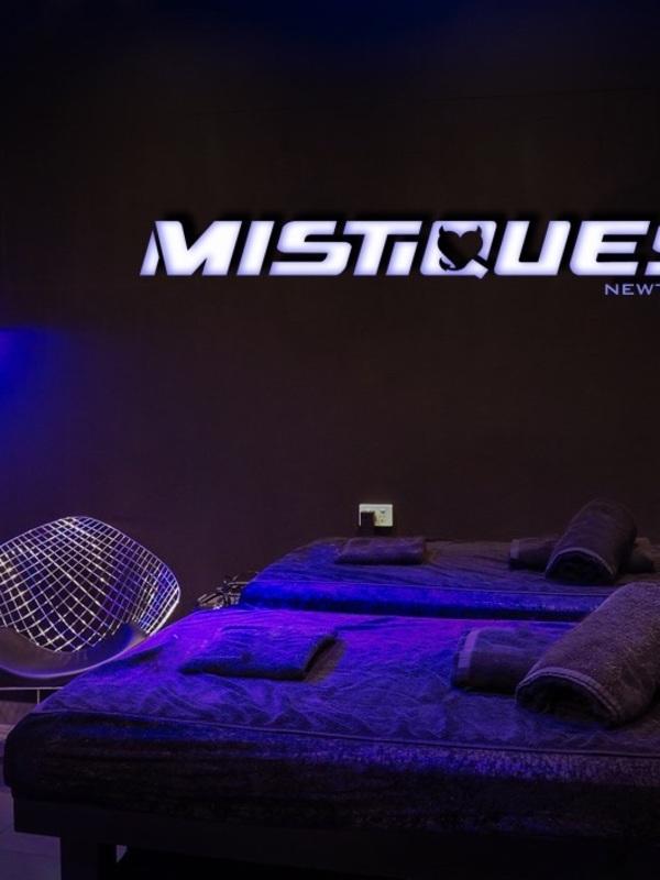 Photo 2 / 7 of Best massage parlour!