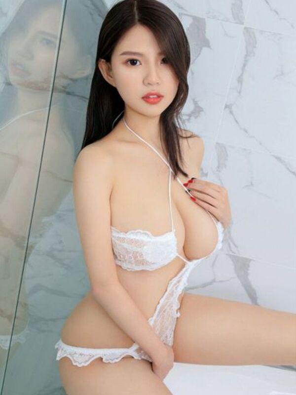 Photo 4 / 6 of Asian Beauty