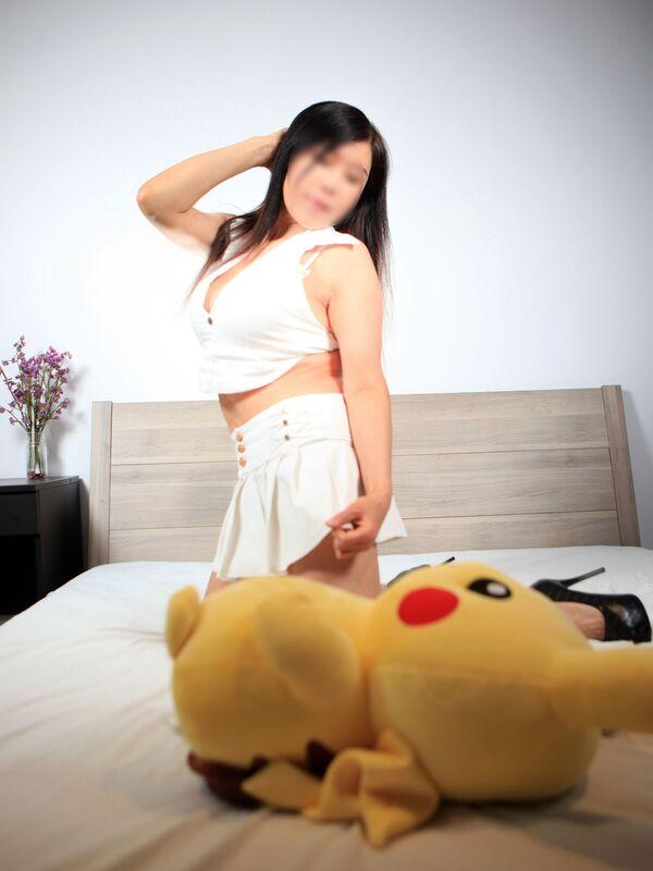 Photo 3 / 7 of Korean party girl PSE GFE