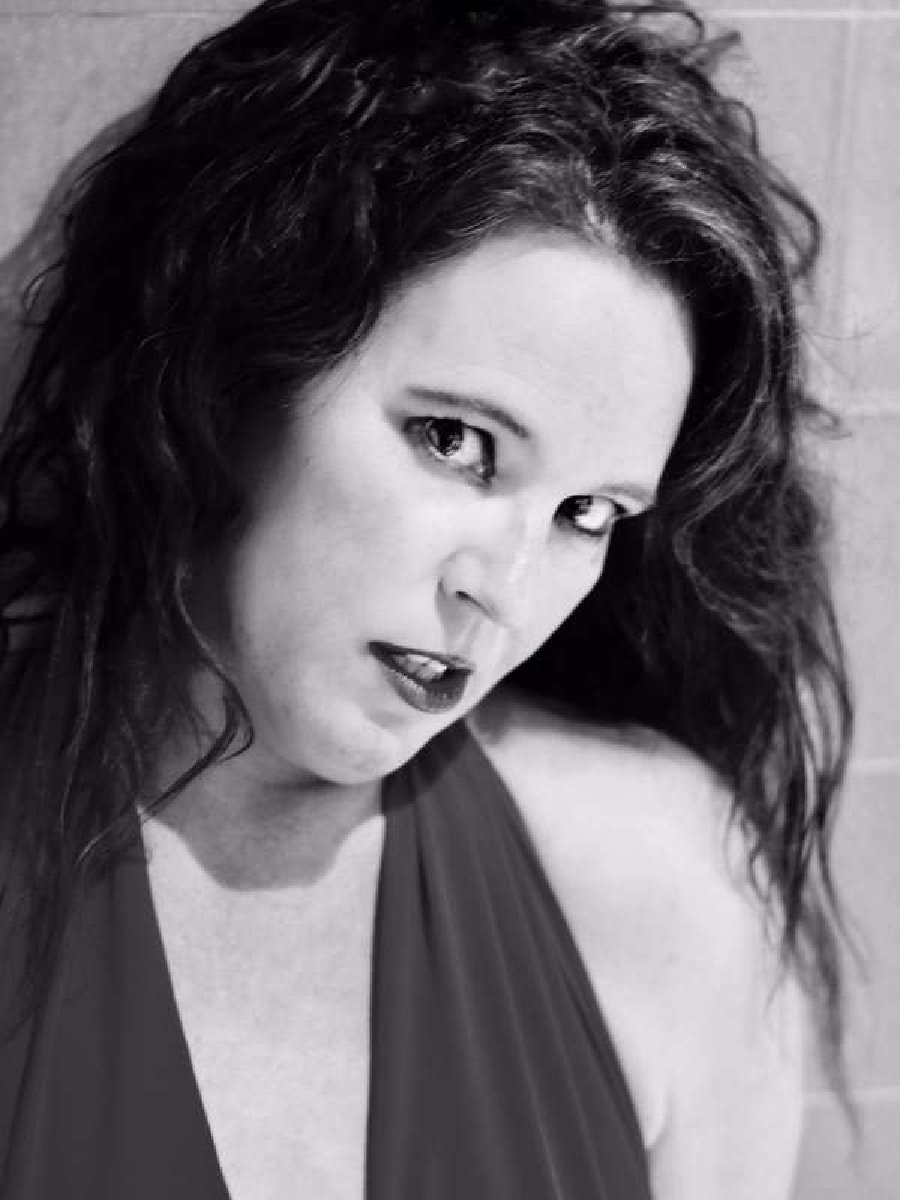 Photo 4 / 6 of Lady Lillian