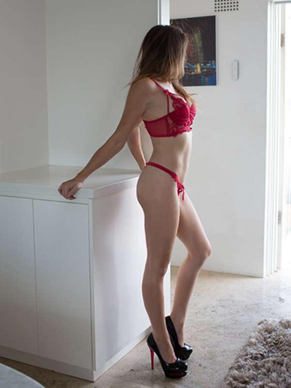 Photo 2 / 8 of Sophie - Agency Atlantic