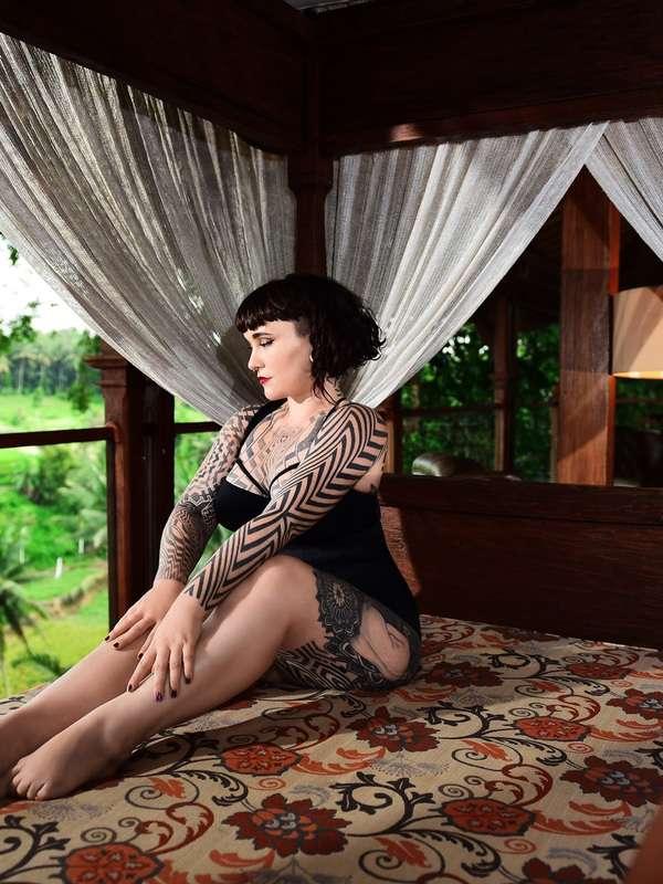 Photo 9 / 19 of Tallula Darling