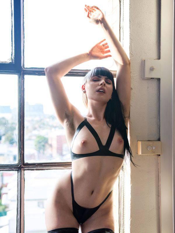 Photo 3 / 6 of Marina Lee