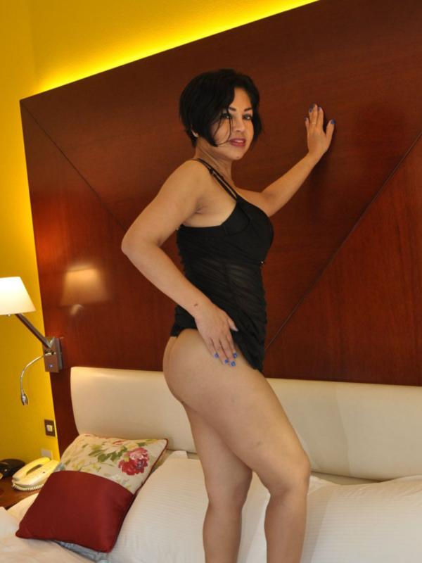 Photo 6 / 13 of Angie