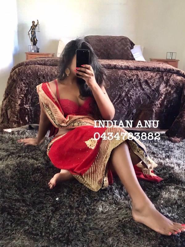 Photo 2 of Slim Indian Anusha