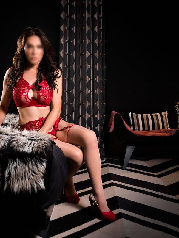 Photo 3 / 10 of New Zealand Trans Ivana