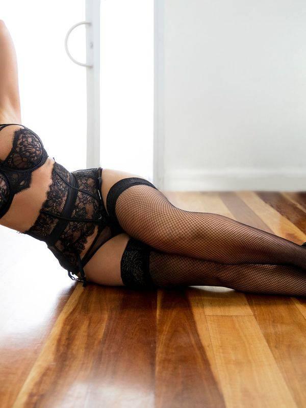 Photo 2 of Natalia D'Curve