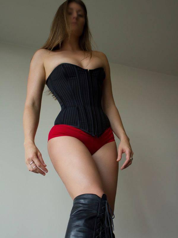 View American Mistress 8-11 Dec, Melbourne Escort | Tel: