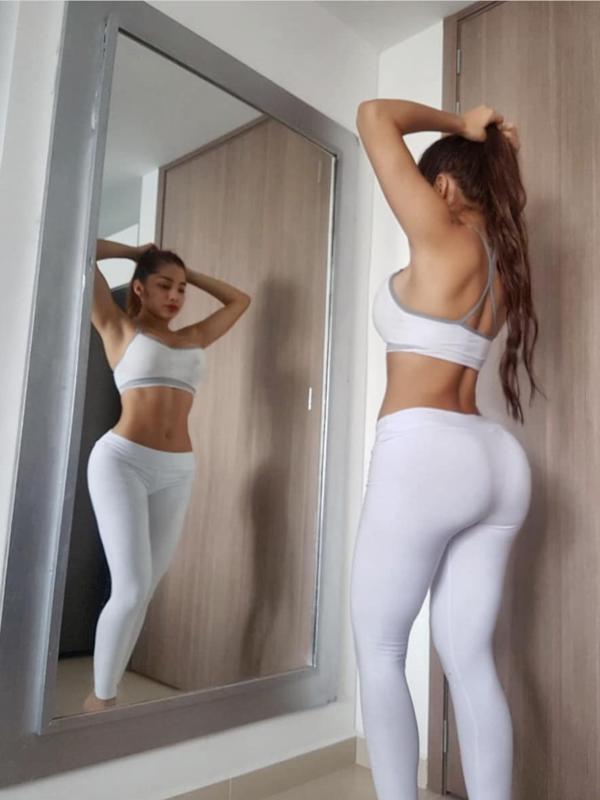 Photo 9 / 10 of Colombian Pornstar
