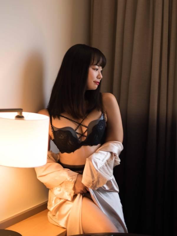 Photo 5 / 12 of SushiGirl Yuri