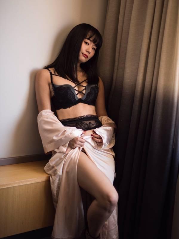 Photo 11 / 12 of SushiGirl Yuri