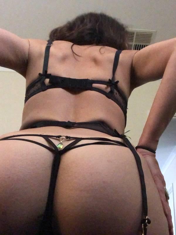Photo 9 / 10 of Slutty Aussie MiLF