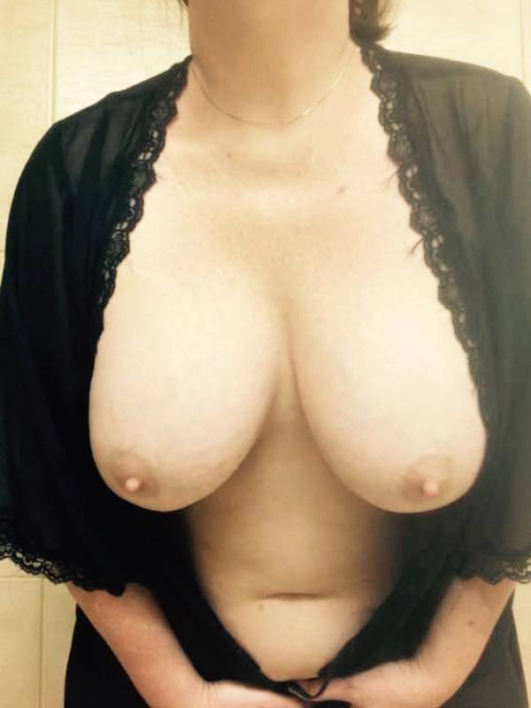 Photo 6 / 9 of OUTCALL ONLY aussie Milf