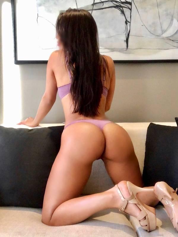 Photo 3 / 7 of The sexy girl next door