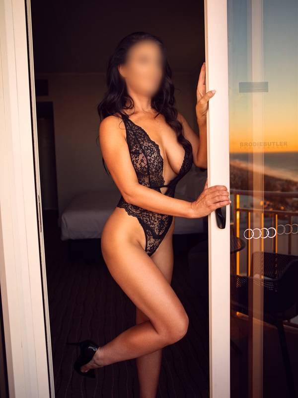 View Valentina Kay, Perth Escort | Tel: 0401010311
