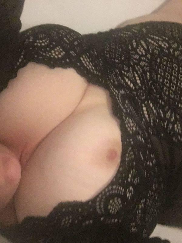 Photo 12 / 13 of Bella_Girl