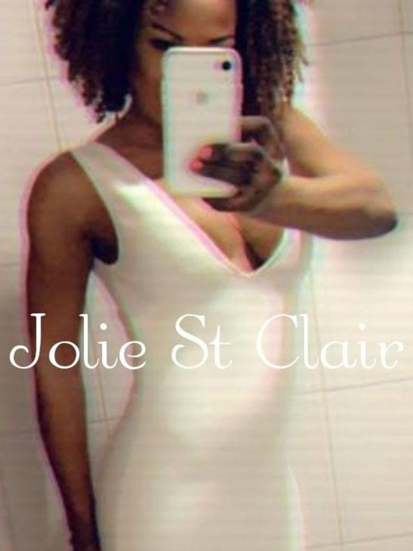 Photo 18 / 19 of Jolie St Clair