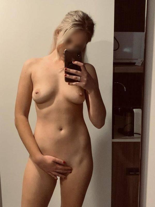 Photo 9 / 19 of Aussie Blonde