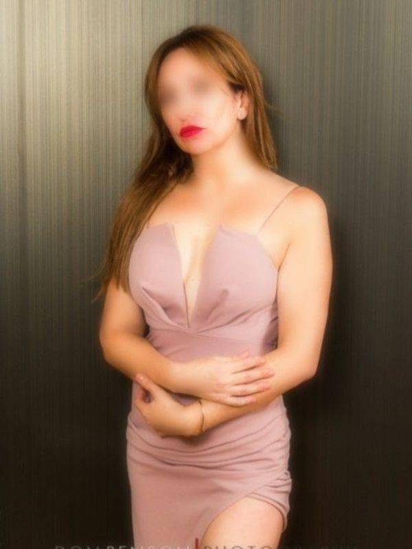 Photo 11 / 15 of Katrina Kiss 0479 123 490